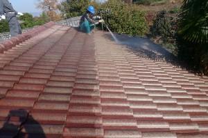 屋根高圧洗浄1